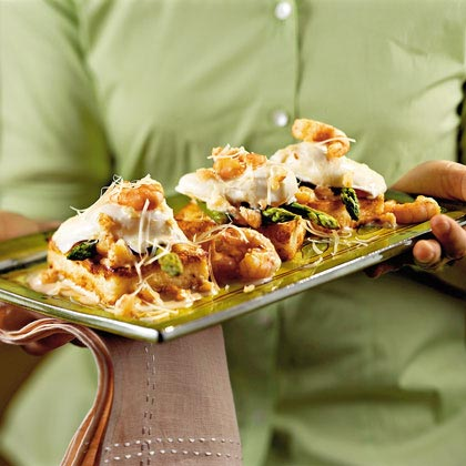 Shrimp-and-Grits Eggs Benedict
