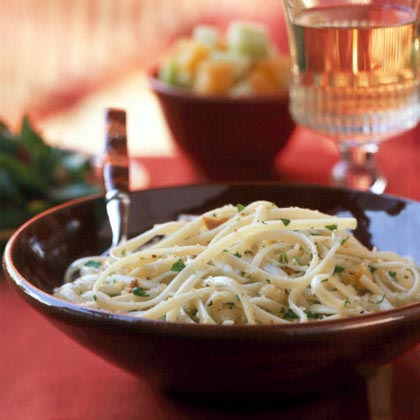 Linguine with Garlicky Breadcrumbs
