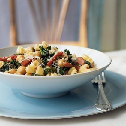 Gomiti with Broccoli Rabe, Chickpeas, and Prosciutto