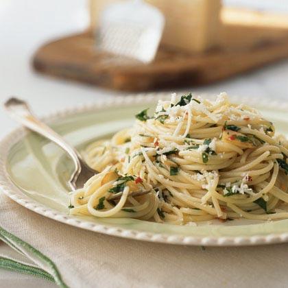 Spaghettini with Oil and Garlic