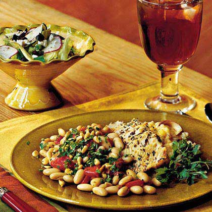 Herbed Turkey Strips With Roasted Peppers and Beans