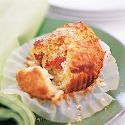 Bacon-Cheddar Muffins