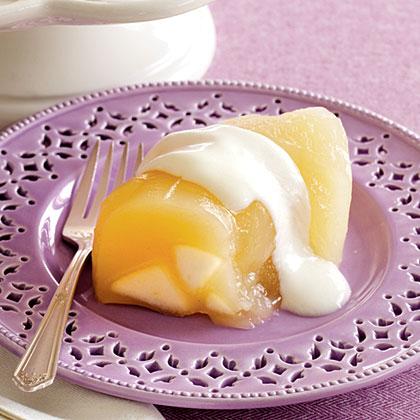 Pear Gelatin with Yogurt Topping