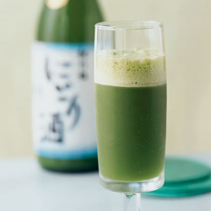 Minted Sake and Pineapple Cooler