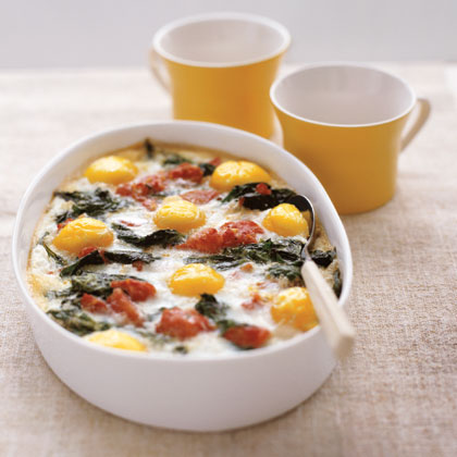 Baked Eggs with Spinach and Tomatoes