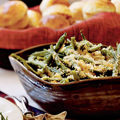 Green Beans with Toasted Walnuts and Breadcrumbs