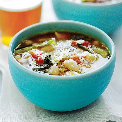 Escarole and Cannellini Bean Stew