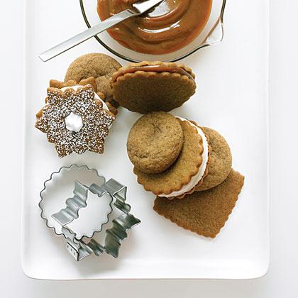 Dulce de Leche Gingersnap Sandwich Cookies