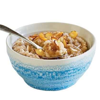 Overnight Honey-Almond Multigrain Cereal