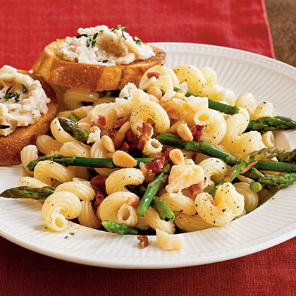 Pasta with Asparagus, Pancetta, and Pine Nuts