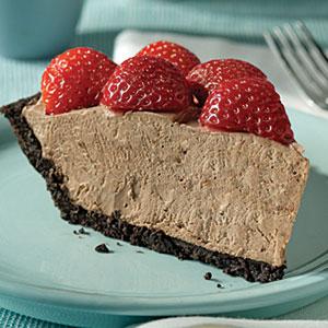 Chocolate-Berry No-Bake Cheesecake