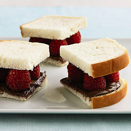 Nutella and Raspberry Sandwiches