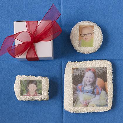 One of our editors' favorite kids lunchbox ideas, custom cookies.