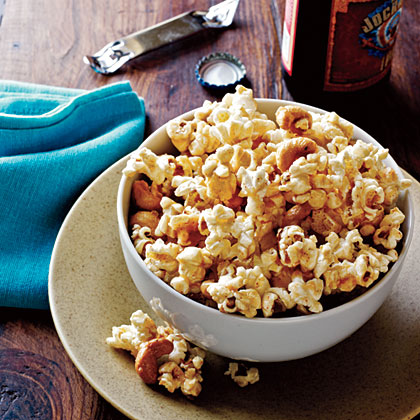 Spicy Maple-Cashew Popcorn