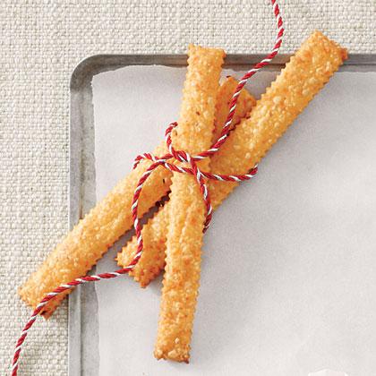 Spicy Cheddar Long Straws