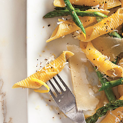 Garganelli with Asparagus and Pecorino Cheese