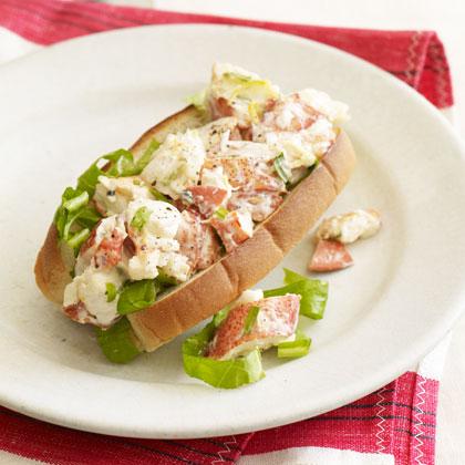 Lemon-Tarragon Lobster Roll