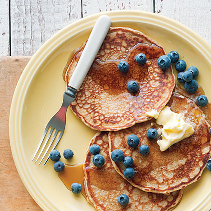 Hearty Whole-Grain Pancakes