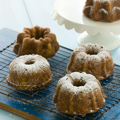 Zucchini-Fig Mini Cakes