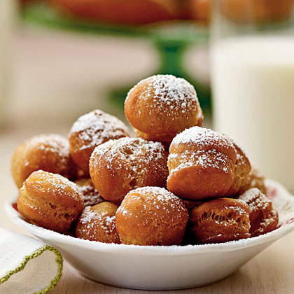 Raised Gingerbread Doughnuts and Holes