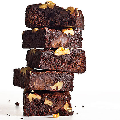Classic Fudge-Walnut Brownies