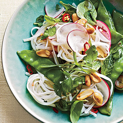 Thai-Style Vegetable Rice Noodles