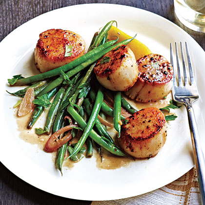 Seared Scallops with Haricots Verts