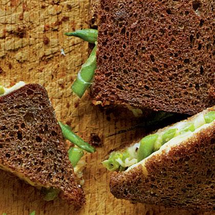 Green Bean Casserole Sandwich