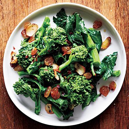 Broccoli Rabe with Garlic and Golden Raisins