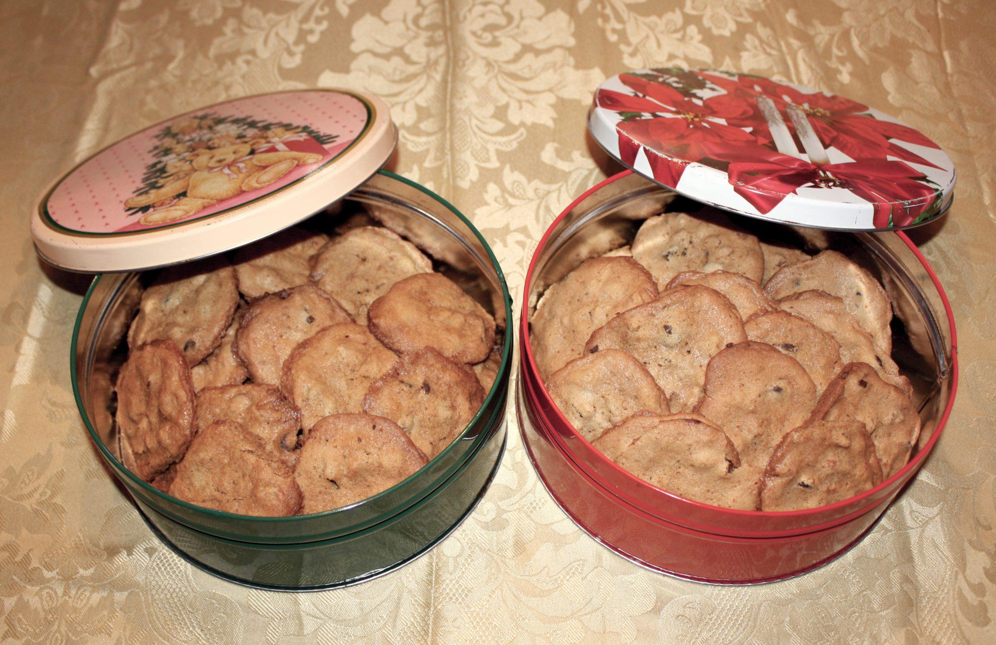 cookie_tins1.jpg