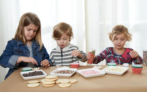 kids-decorating-cookies.jpg