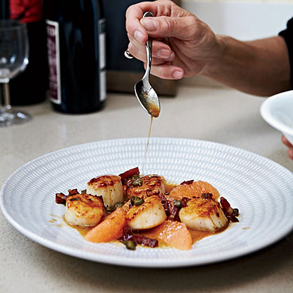 Scallops with Grapefruit and Bacon
