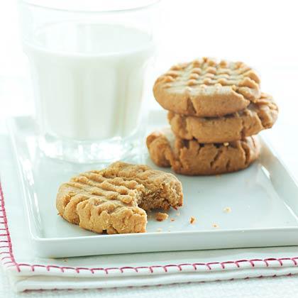 peanut-butter-cookies-oh-1733304-x.jpg