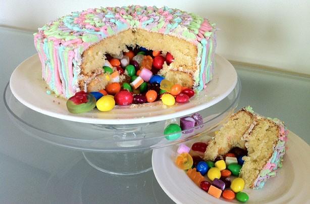 pinata-cake.jpg