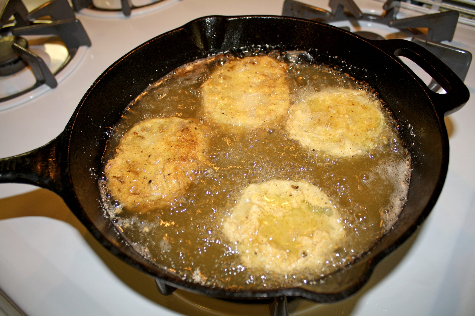 green-tomatoes-frying.jpg