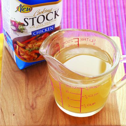 low-sodium-chicken-stock.jpg