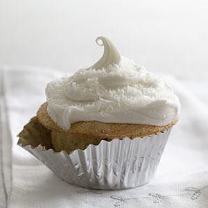 chiffon-cupcake-hl-1862975-x.jpg