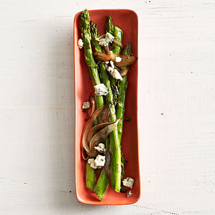Asparagus with Balsamic Onions and Blue Cheese