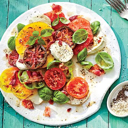 Hot Bacon Caprese Salad