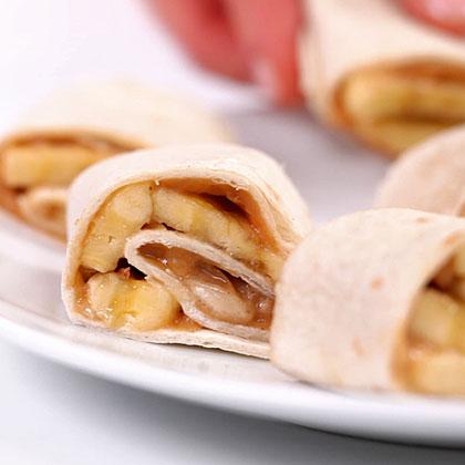 How to Make Peanut Butter-Banana Spirals