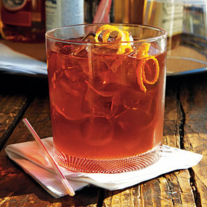 bentons-bacon-infused-cocktail-oh-l.jpg