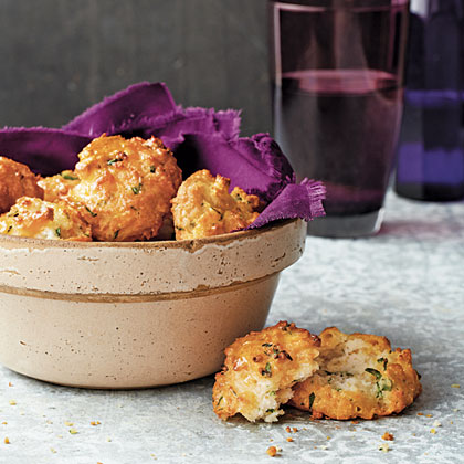 Cheddar-Garlic Biscuits