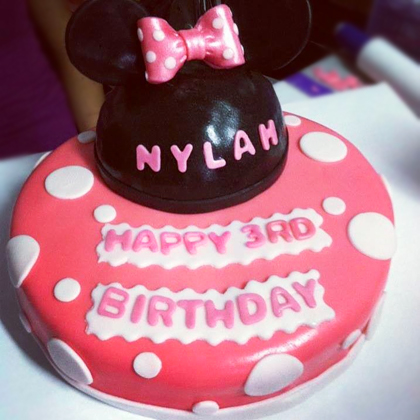 minnie-mouse-cake.jpg