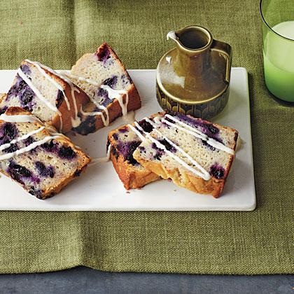 Blueberry-Yogurt Coffee Cake