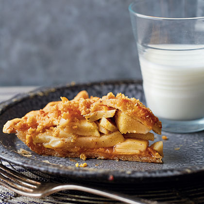 Cheddar-Apple Pie