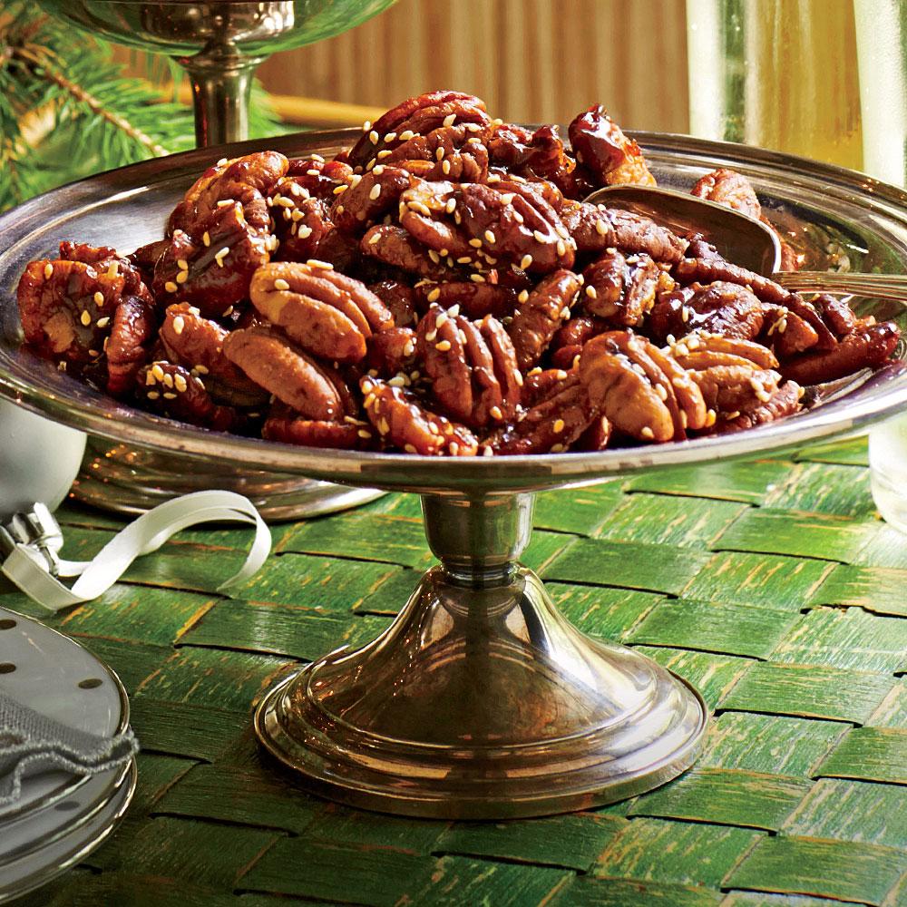 Benne-Maple Roasted Pecans