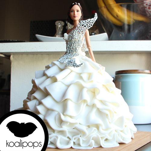 katniss-wedding-dress-ig.jpg