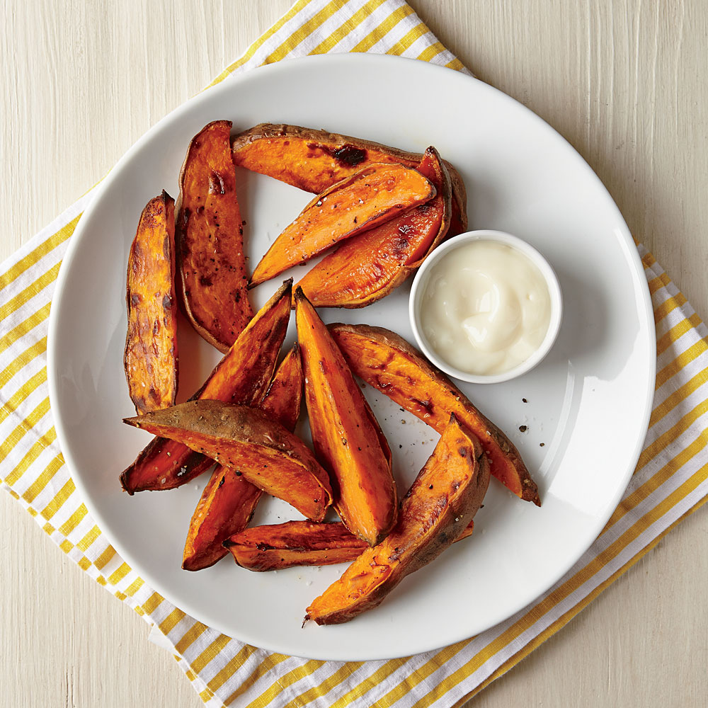 Roasted Sweet Potato Wedges with Yogurt Dipping Sauce