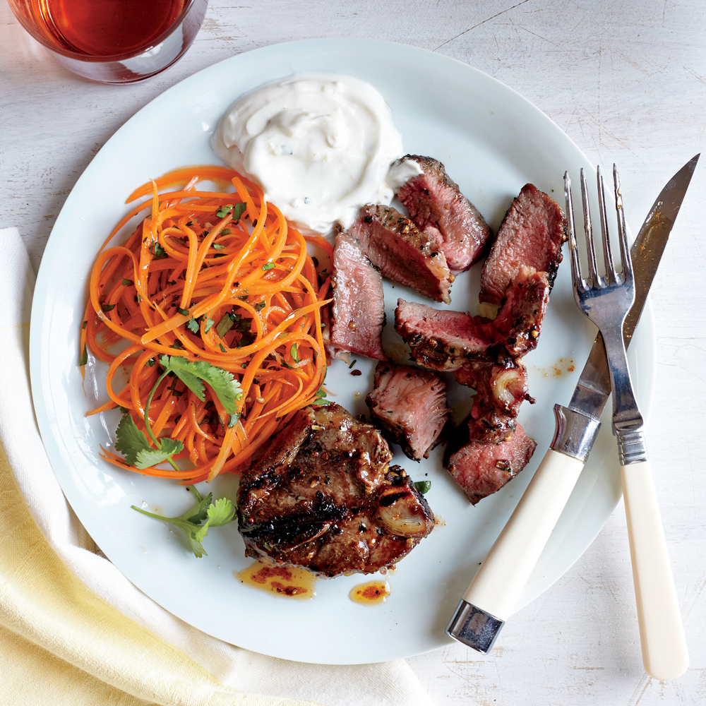 Coriander-Thyme Lamb Chops with Yogurt Sauce