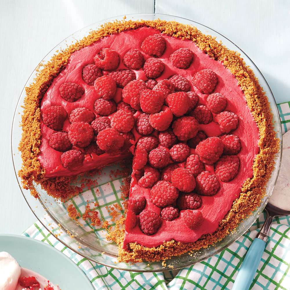 Raspberry Ice Cream Pie